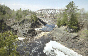 Fishing st louis river near duluth minnesota and for Duluth mn fishing report